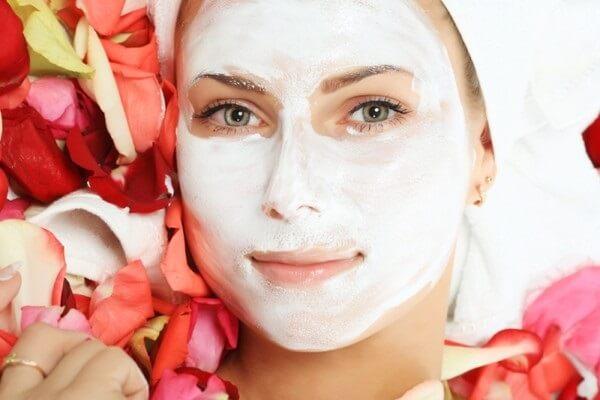 Bột gelatin giúp tái tạo collagen có hiệu quả chăm sóc da mịn màng.