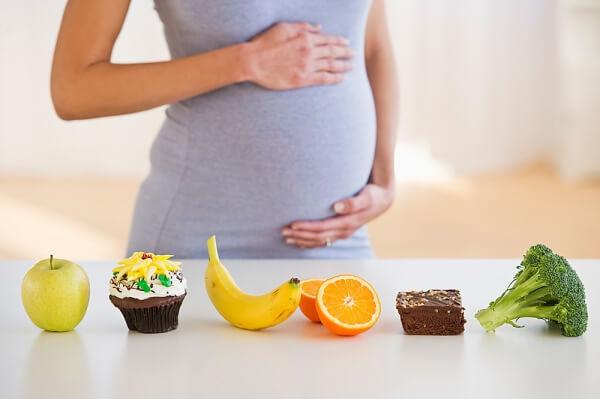 Mẹ bầu nếu thật sự đói đêm cũng chỉ nên bổ sung 300 kalo