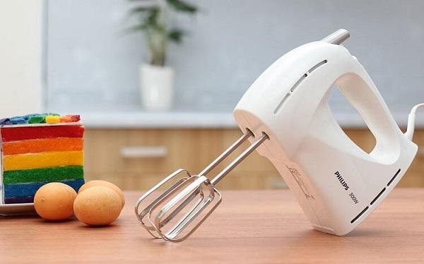 Máy đánh trứng dùng để đánh trứng và trộn bột