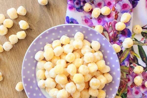 Cách làm mứt hạt sen tươi thật đơn giản phải không nào?