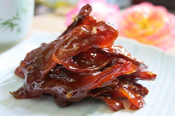 Mứt khế với vị chua chua ngọt ngọt vô cùng hấp dẫn