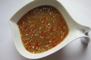 Cách làm nước sốt chấm thịt nướng - Nước sốt xì dầu, nước sốt me