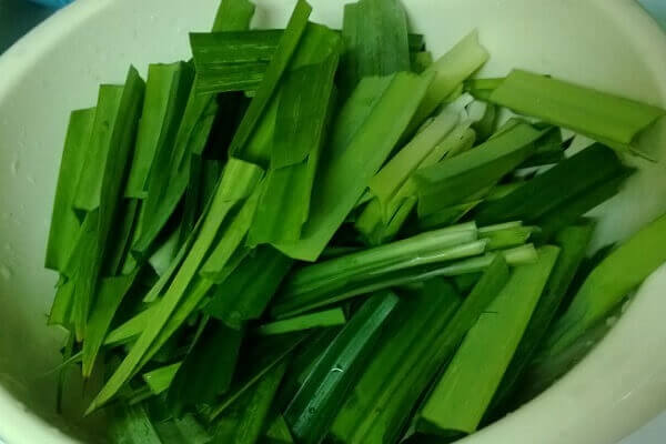 Lá dứa giúp cho món sữa đậu xanh tăng thêm hương vị thơm ngon