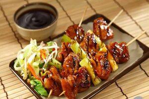 Cách làm gà nướng Yakitori - Món thịt xiên nướng kiểu Nhật