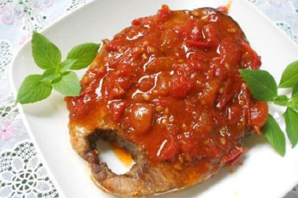 Cá ngừ đại dương sốt cà chua