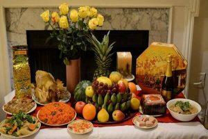 Mâm cơm và lễ vật cúng tất niên ngày 30 Tết gồm những món gì