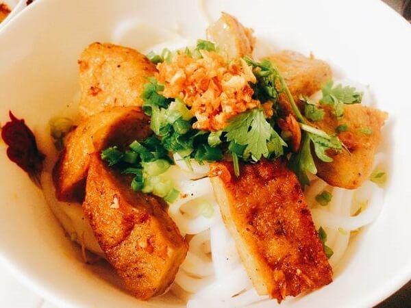 Bánh Canh Giò - Chả Cá