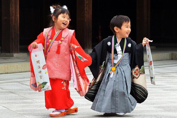 Nền văn hóa Nhật Bản như trang phục truyền thống Kimono