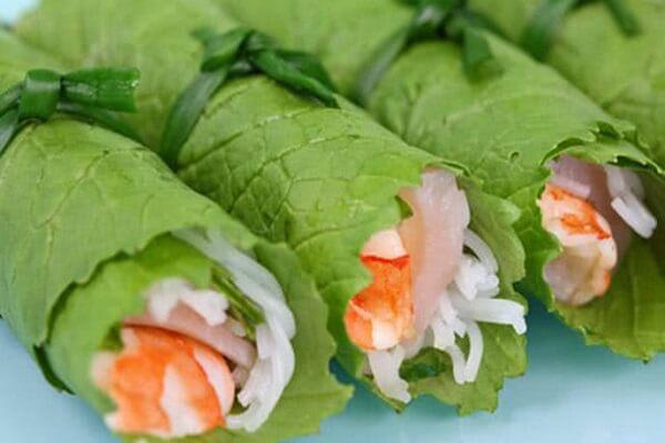 Rau cải cuộn tôm ăn rất ngon, bổ, lạ và không ngán chút nào