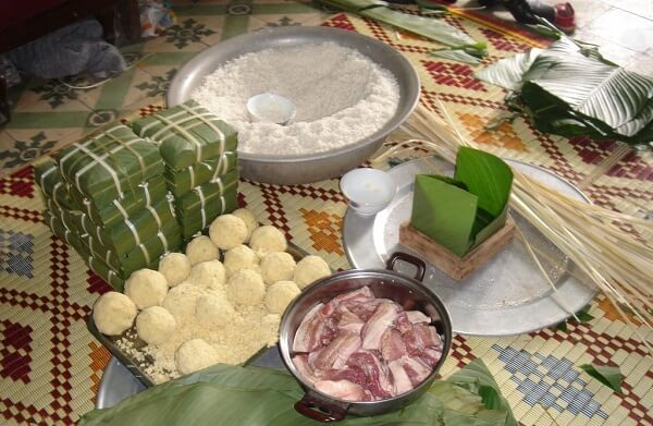 Thuyết mình văn hóa đón Tết truyền thống 3 miền qua các món ăn
