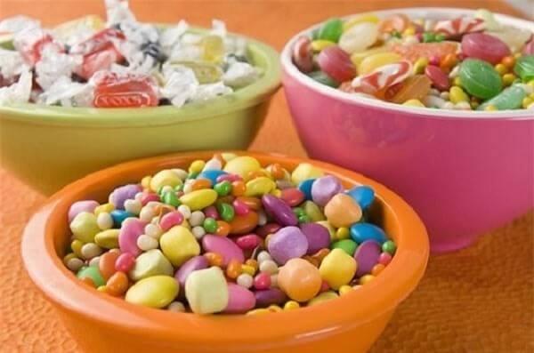 Những viên kẹo nhiều màu sắc cho cả năm sự ngọt ngào yêu thương