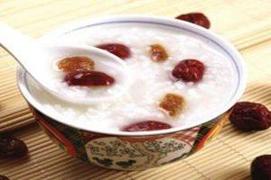 Bệnh đau dạ dày nên ăn gì tốt, đau bao tử kiêng ăn thực phẩm nào