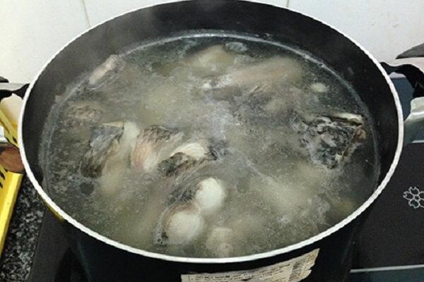 Hướng dẫn nấu cháo cá chép thơm ngon bổ dưỡng