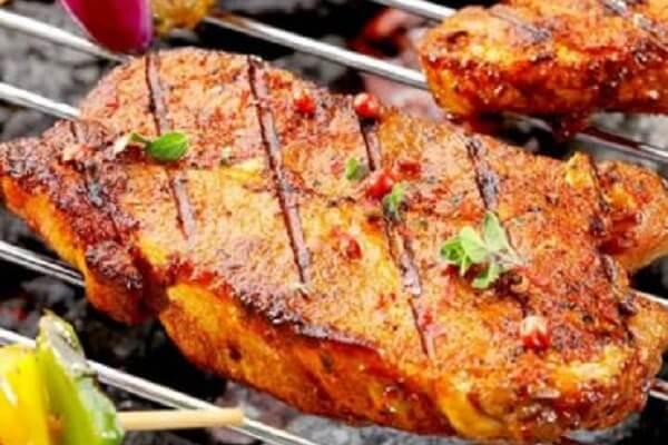 Cách ướp nầm lợn nướng với gừng sả đậm đà