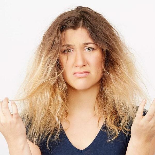 Đau đầu suy nghĩ vì lỡ có mái tóc dày và cứng như rễ tre