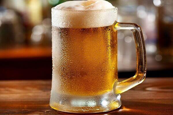 Học cách làm tóc dài nhanh cho nam bằng bia tại nhà