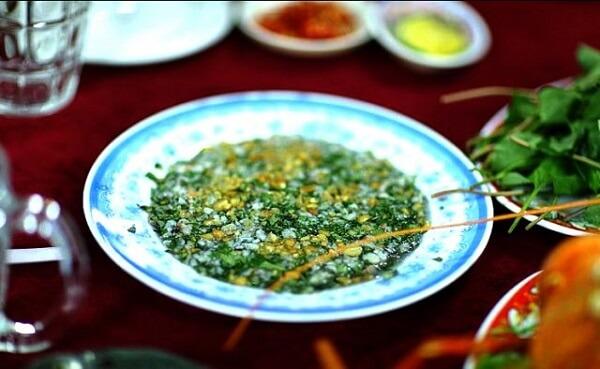 Món ăn ngon Vũng Tàu tiết canh Tôm hùm (Ảnh: ST)
