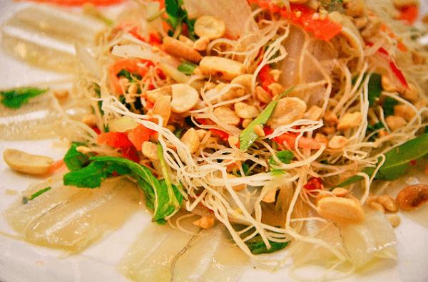 Thịt cá mai trắng muốt (Ảnh: ST)