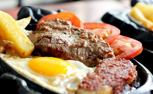 Món bò bít tết sau khi hoàn thành – cách làm bò bít tết