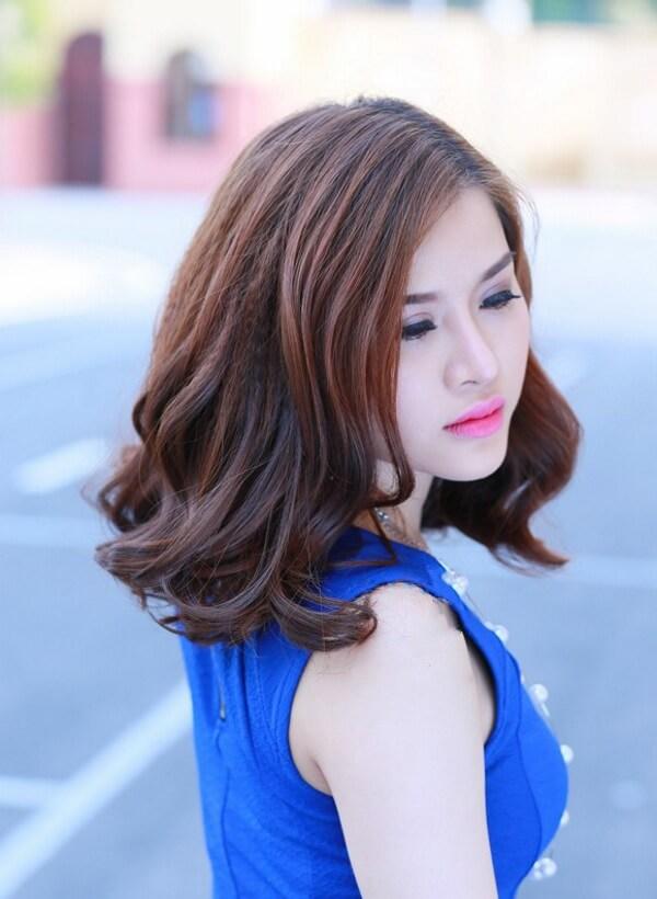 Kiểu tóc lob ngang vai đẹp điệu đà để khoe vẻ duyên dáng