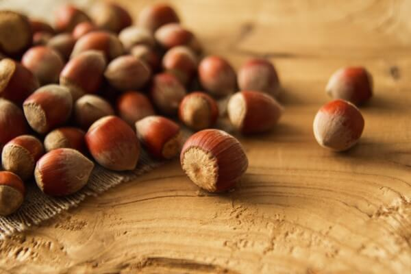 Hạt quả Phỉ - Tên tiếng Anh Hazelnuts