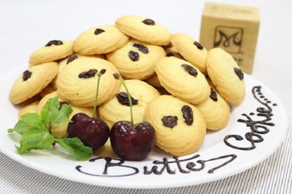 Gợi ý cách làm bánh quy sữa thơm ngon với lò vi sóng