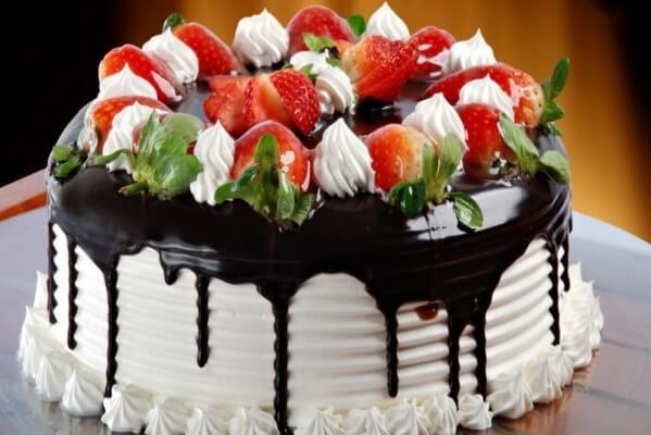 Cách làm bánh kem sinh nhật tại nhà đơn giản nhất – huong dan lam banh kem