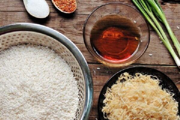 Nguyên liệu chung làm món cơm cháy chà bông giòn giòn, ngon ngon.