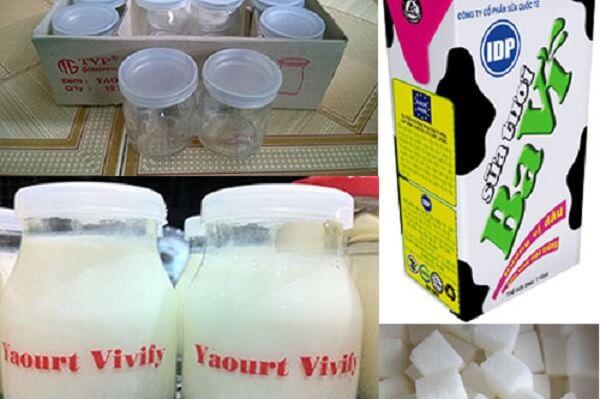 Nguyên liệu cần chuẩn bị làm sữa chua hương dâu