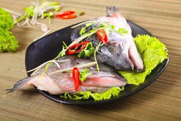 Cách nấu lẩu Thái cá hồi đúng vị Thái