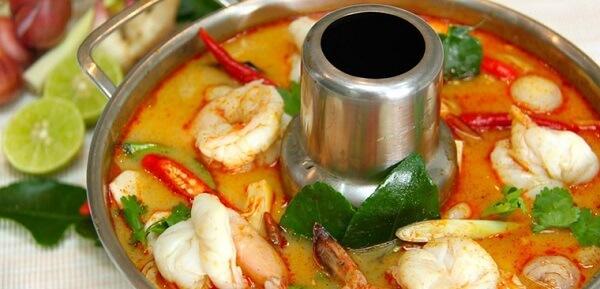 Cách nấu lẩu thái bằng gói gia vị, chai gia vị đơn giản ngon như nhà hàng