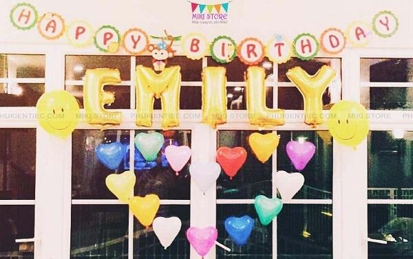 Cách trang trí tiệc sinh nhật cho bé gái tại nhà đơn giản với bong bóng