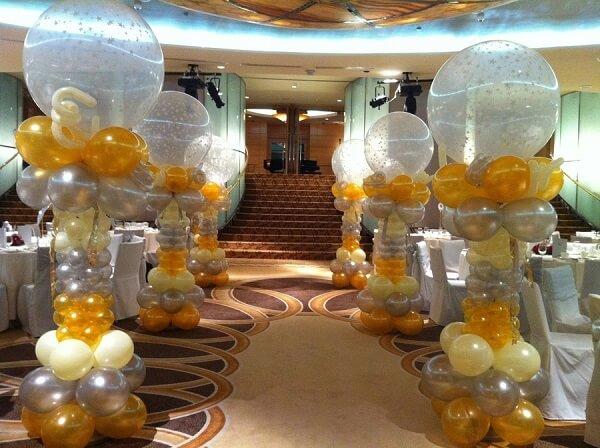 Những trụ bóng này sẽ thay bạn hướng dẫn những vị khách quý của mình vào vị trí.