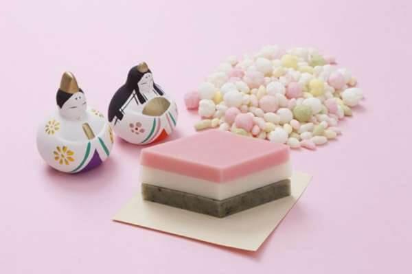 Chiếc bánh Mochi thưởng thức vào ngày lễ con gái ở Nhật Bản