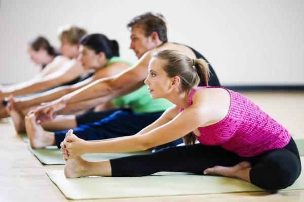 Lop hoc yoga, học yoga ở đâu tốt tphcm, chỗ tập yoga ở tphcm