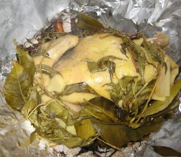 Món gà hấp muối lá chanh - gà hấp muối