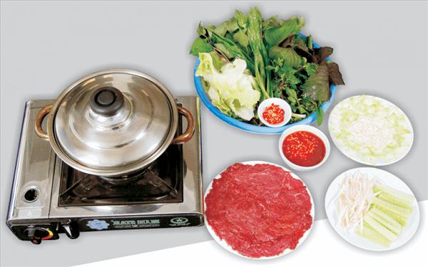 Hướng dẫn cách nấu lẩu bò sa tế cay nồng thơm ngon