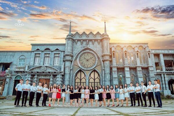 Các địa điểm chụp hình sống ảo đẹp dành cho bạn trẻ Hà Nội.