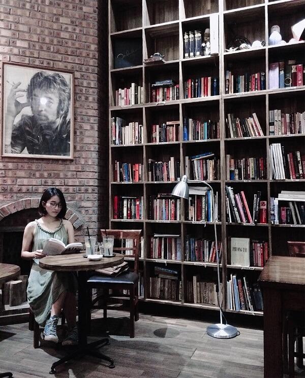 Tranquil Book & Coffee - Cafe sách cho người độc thân