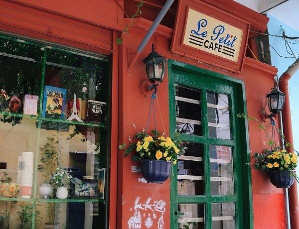 Le petit - Cafe đọc truyện cho người độc thân