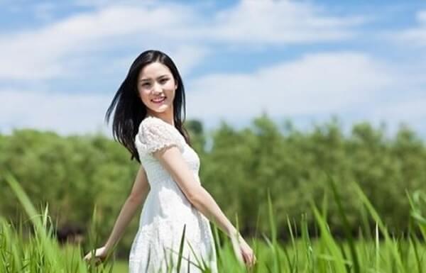 Da có bị bắt nắng khi dùng sữa tươi không đường để rửa mặt không ?