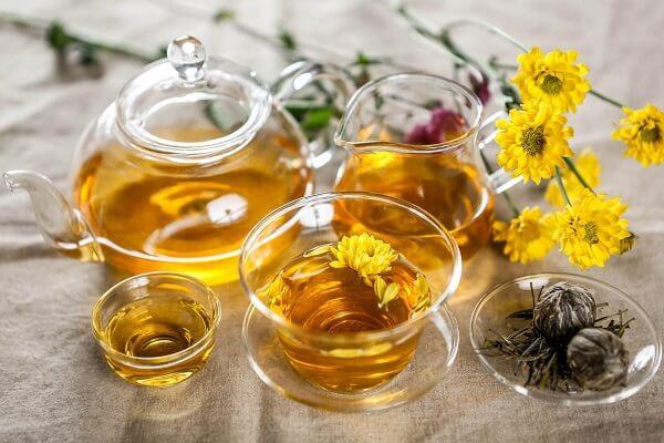 6 lợi ích của trà hoa cúc đối với sức khỏe