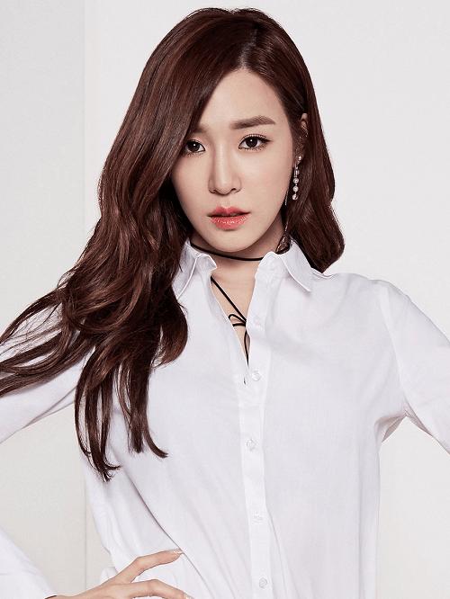 Tóc rẽ ngôi lệch Hàn Quốc khiến gương mặt bạn biến đổi hài hòa