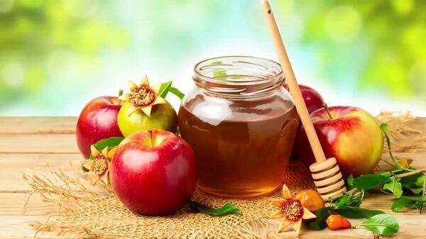 Có tăng cân không khi uống mật ong với nước ấm vào buổi sáng