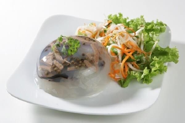 Các món ăn cổ truyền ngày Tết miền Bắc – Thịt nấu đông