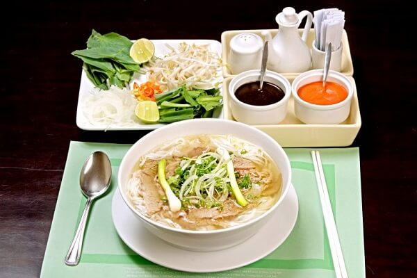 Cách nấu bún sườn Hà Nội