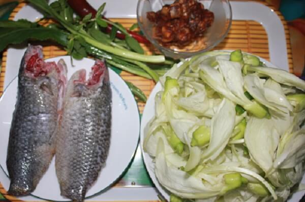 Nguyên liệu cho món canh chua cá rô nấu hoa so đũa