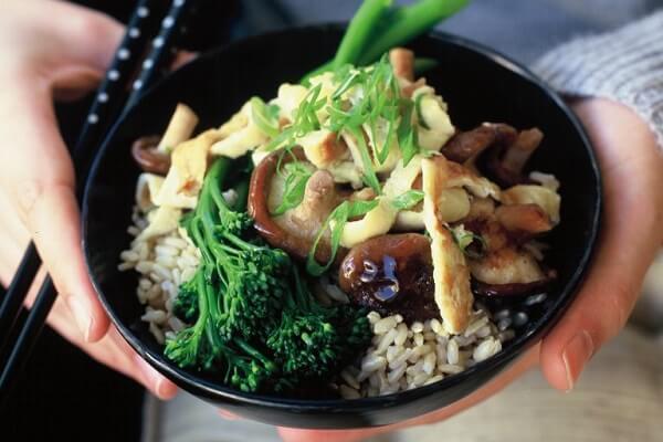 thịt heo xào nấm cải xanh 1