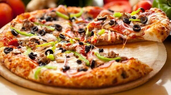 Cách làm bánh pizza hải sản bằng chảo chống dính 3