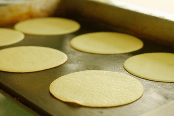 Làm chín vỏ bánh – cách làm bánh sầu riêng